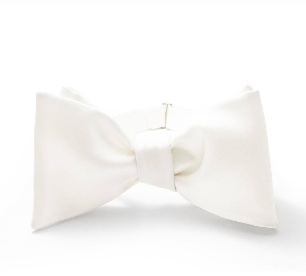Белая галстук-бабочка №3, шелк