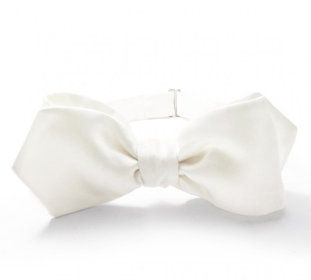 Белая галстук-бабочка №5, шелк
